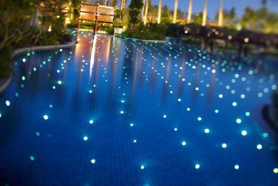 星光游泳池
