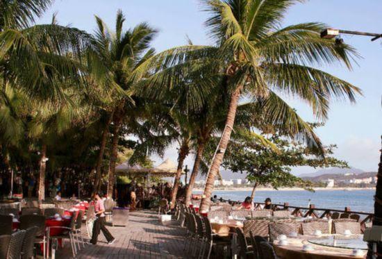 大东海:美食与美景可以兼得的地方