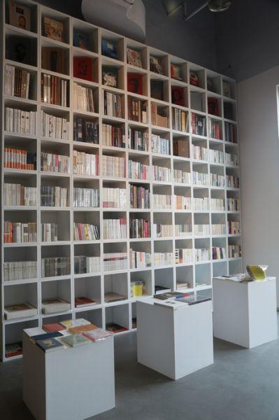 二楼图书区