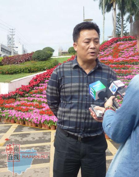 记者采访白沙县旅游局副局长 邢增胜