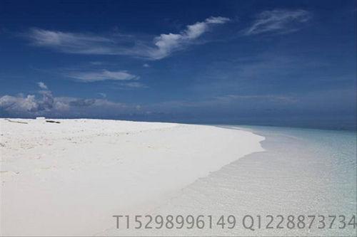 (想真正感受这样的沙滩和海水吗?)
