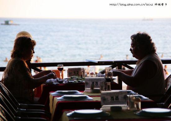 ▲24、海边的美酒美食