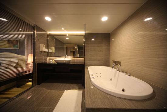 总统套房浴室