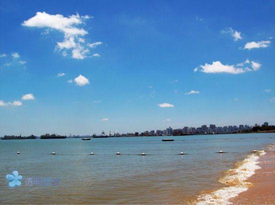 海口市郊的假日海滩