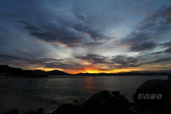 蜈支洲岛上观晚霞