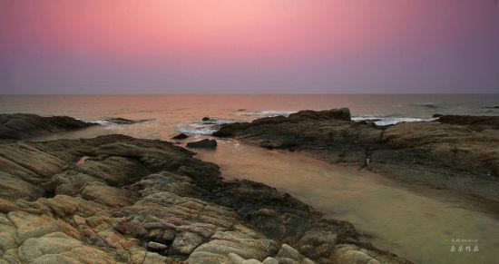 海边的岩石