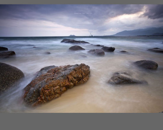 海中的岩石