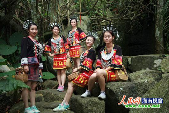 《你好中国》呀诺达取景 宣传海南绿色旅游
