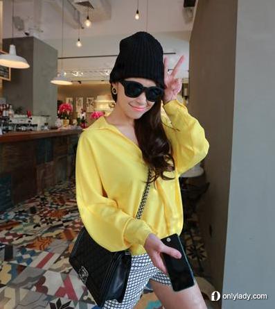 黄色宽松版雪纺衬衫