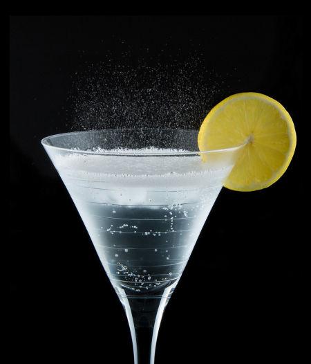 碳酸饮料的危害 肥胖骨质疏松机会大图片