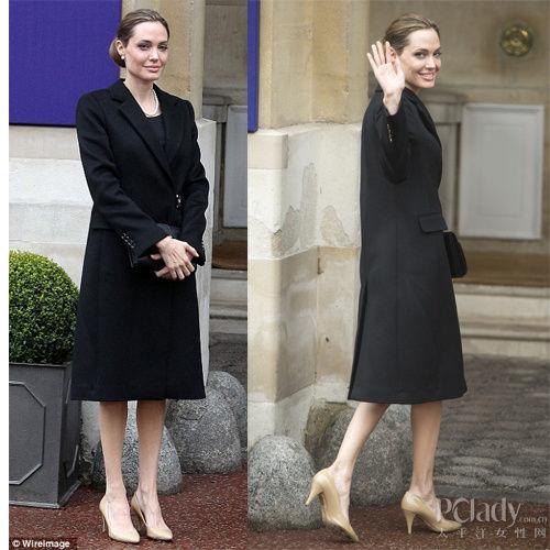 黑色长款粗呢大衣