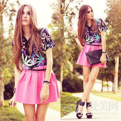 印花衫+半身伞裙