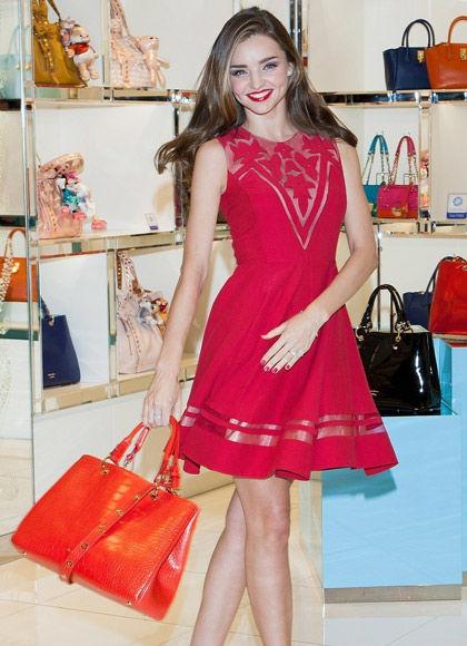 红色透视短裙