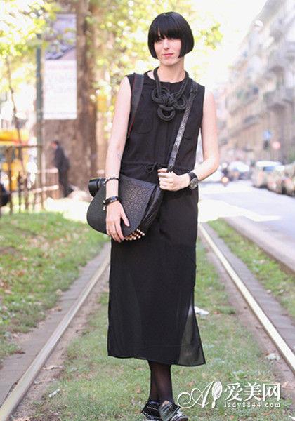 黑色雪纺休闲裙
