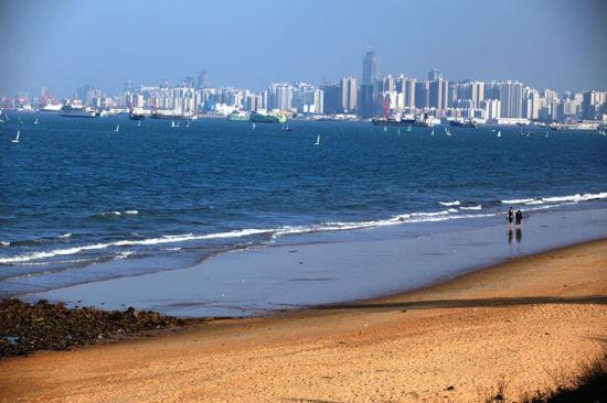 城市和海的相融