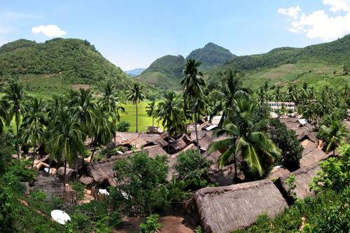 洪水村的全景