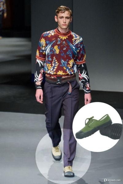 Prada 2014春夏米兰男装周与中国解放鞋极为相似