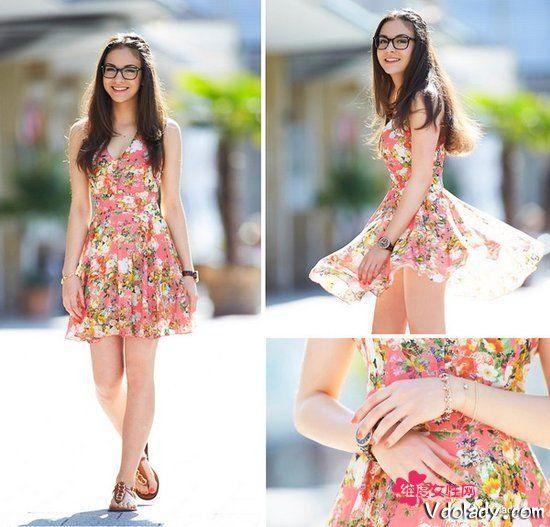 粉色印花裙