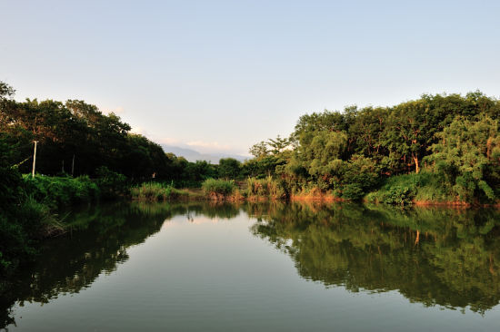 保亭的青山绿水(摄影:老江海)
