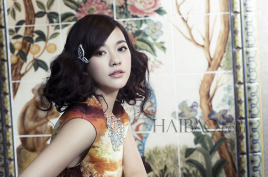 《Vogue》台湾版2013年7月号杂志封面