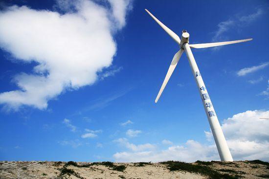 风车和蓝天
