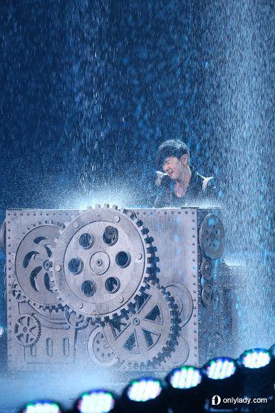 林俊杰《时线》世界巡回演唱会