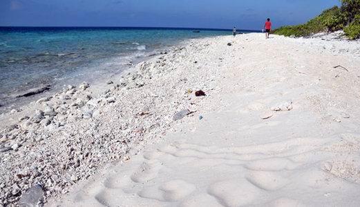 甘泉岛是典型的珊瑚岛