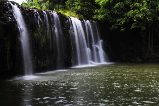 琼山白石溪大瀑布