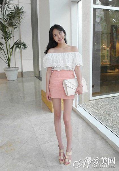 一字领上衣+粉色包臀裙