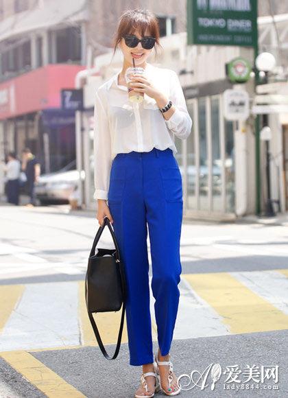 雪纺衬衫+宝蓝色哈伦裤