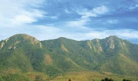 毛公山景色
