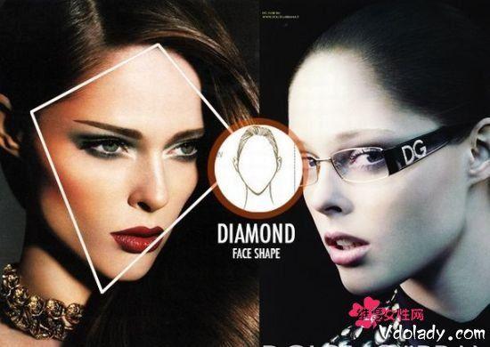 眼镜告别四眼妹 女神才是新的代名词