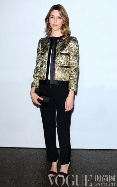 Sofia Coppola极爱纤瘦感的黑色裤装