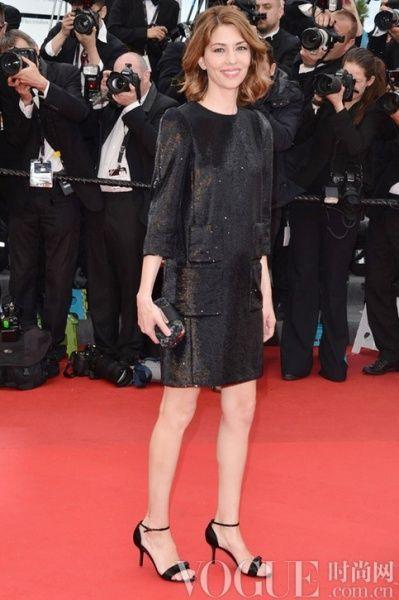 Sofia Coppola身穿Louis Vuitton 2013春夏系列洋装