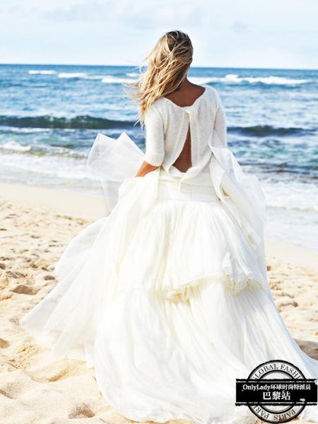 家常针织搭配雪纺塔裙展现不一样的浪漫