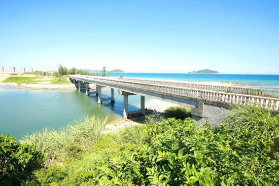 神州半岛海湾