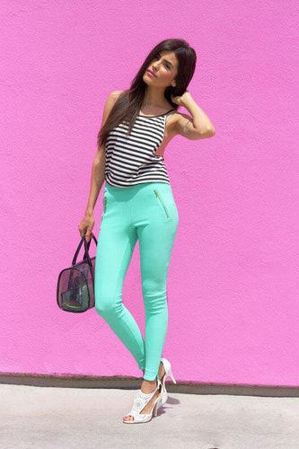 薄荷绿打底裤
