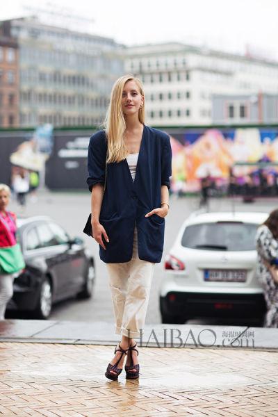 Sarah Mikaela在2014春夏哥本哈根时装周秀场外街拍