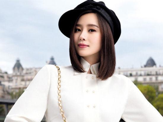 刘诗诗诠释典雅简约格调优雅巴黎时尚之旅