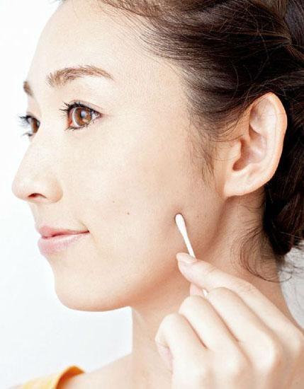 不仅可以保持肌肤健康状态,对抗老化也很有效果