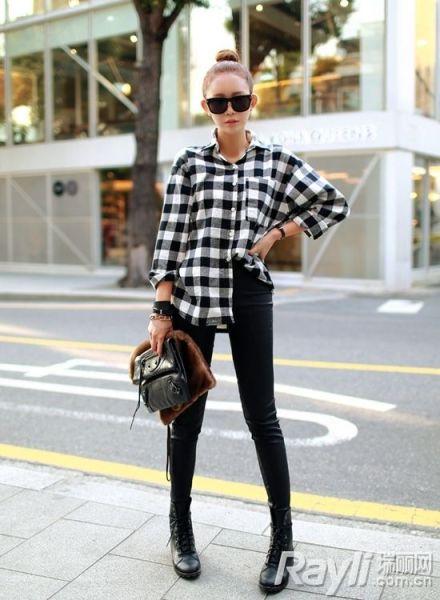 同色系鞋搭配长裤