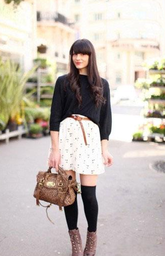 黑色T恤+短裙一这款黑色T恤