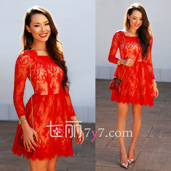 红色性感蕾丝连衣裙