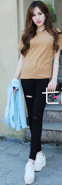 应季必备 NO 1:铅笔裤+短袖T恤