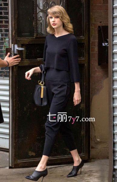 黑色高腰七分裤