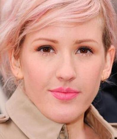 减龄的芭比粉色,都能够把白皙肌肤衬托的更加完美