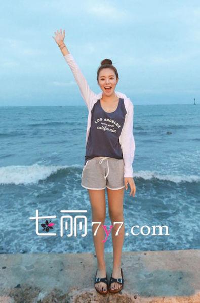 背心T恤+短裤 慵懒休闲风LOOK4