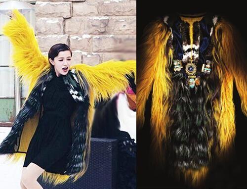价值23万的Fendi高级皮草大衣成为了顾女王的最佳配饰。