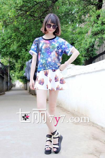 夏日甜心风 碎花裙LOOK2