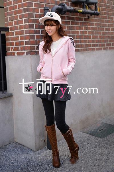 粉色卫衣外套